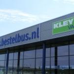 Uitgefreesde letters - Bestelbus.nl