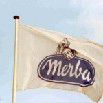 Vlag met mast - Merba